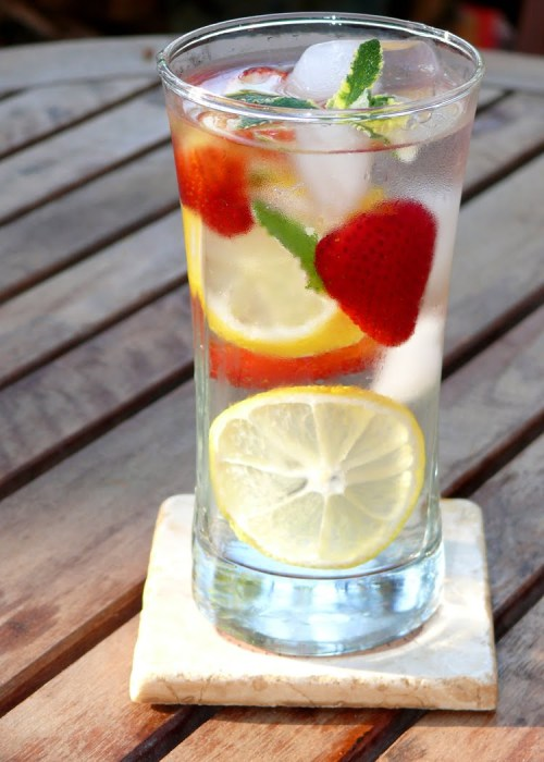 lemon mint strawberry water