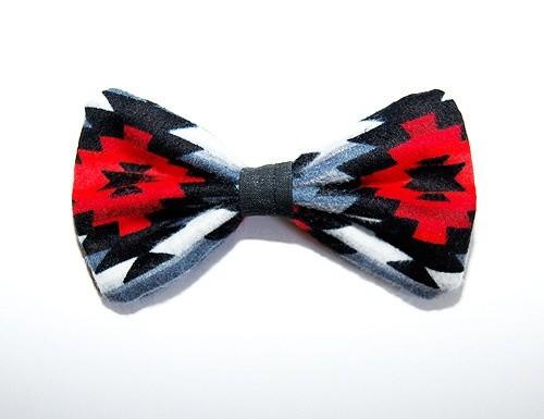 Wavy Navajo bow tie