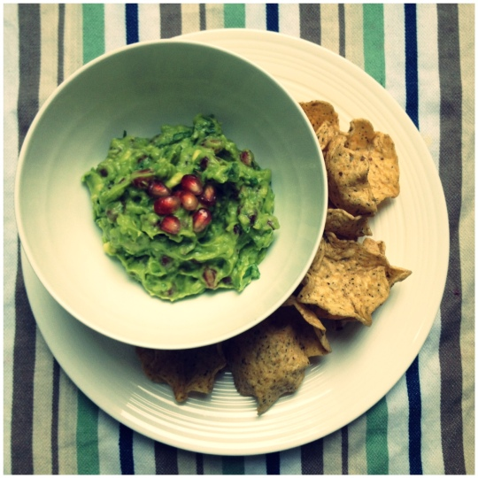 Super Bowl snacks - pomegranate guacamole
